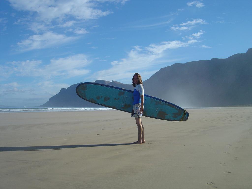 Lanzarote: surf in un paradiso naturale