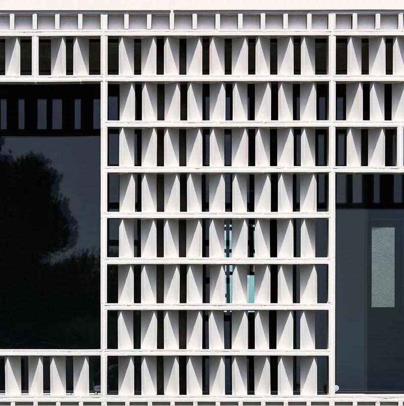 La parete esterna / José Hevia