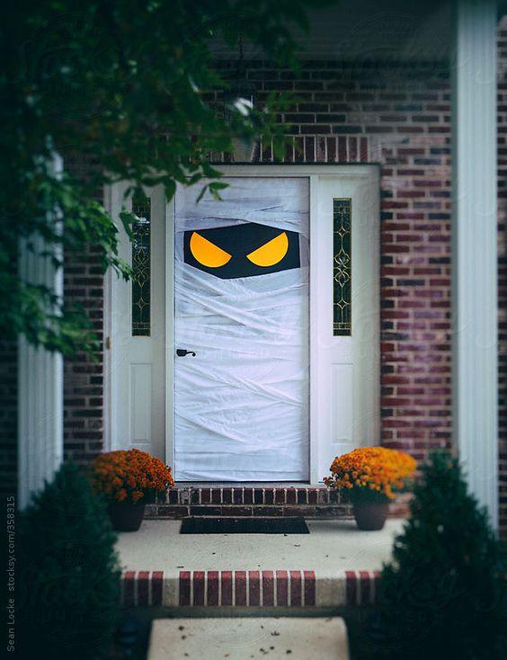 Sulla porta di casa