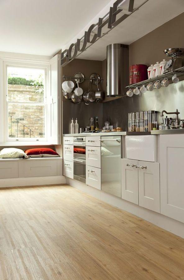 Cambiare pavimento in cucina, 5 idee per spendere poco — idealista/news