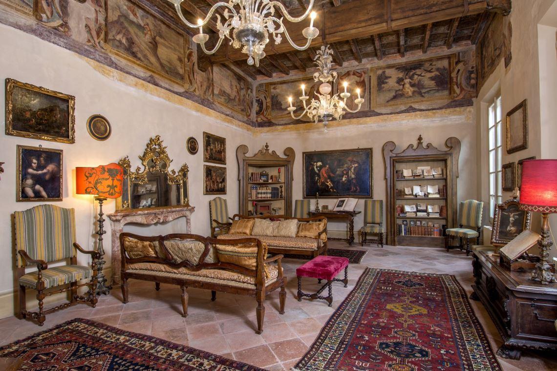 palazzo Reggio Emilia