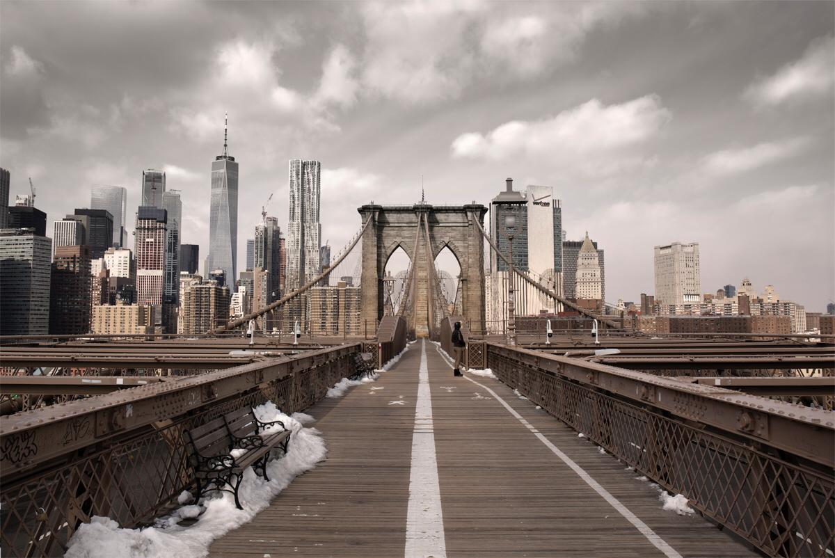 Il Ponte di Brooklyn deserto / Ignacio Pereira