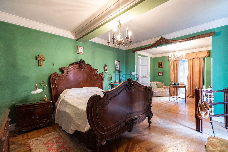 Cinque stanze da letto
