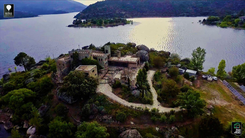 L'estensione dell'isola è di oltre 10mila m2