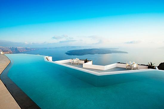 Piscina di Santorini, in Grecia