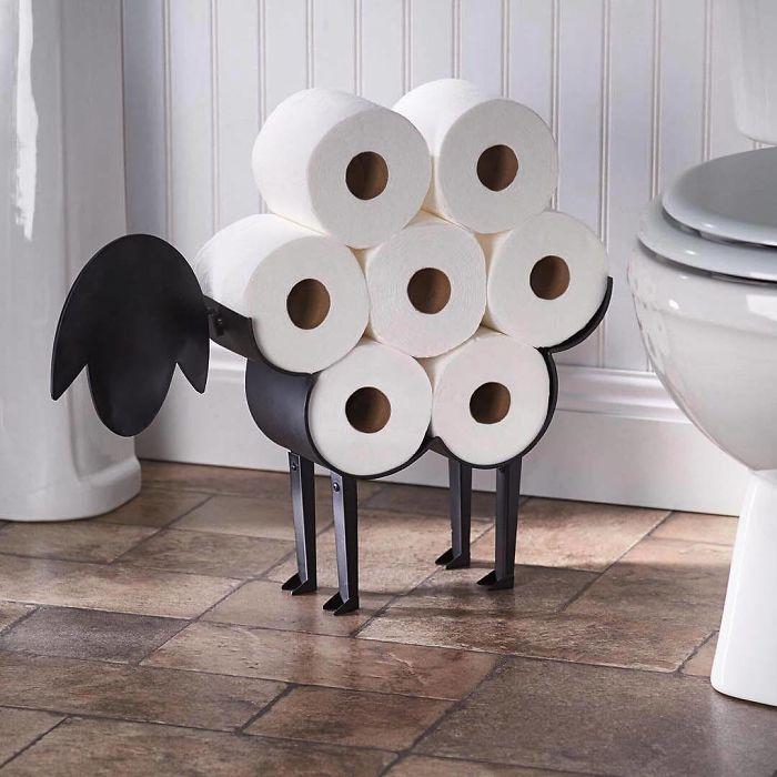 Un cammello per la carta igienica
