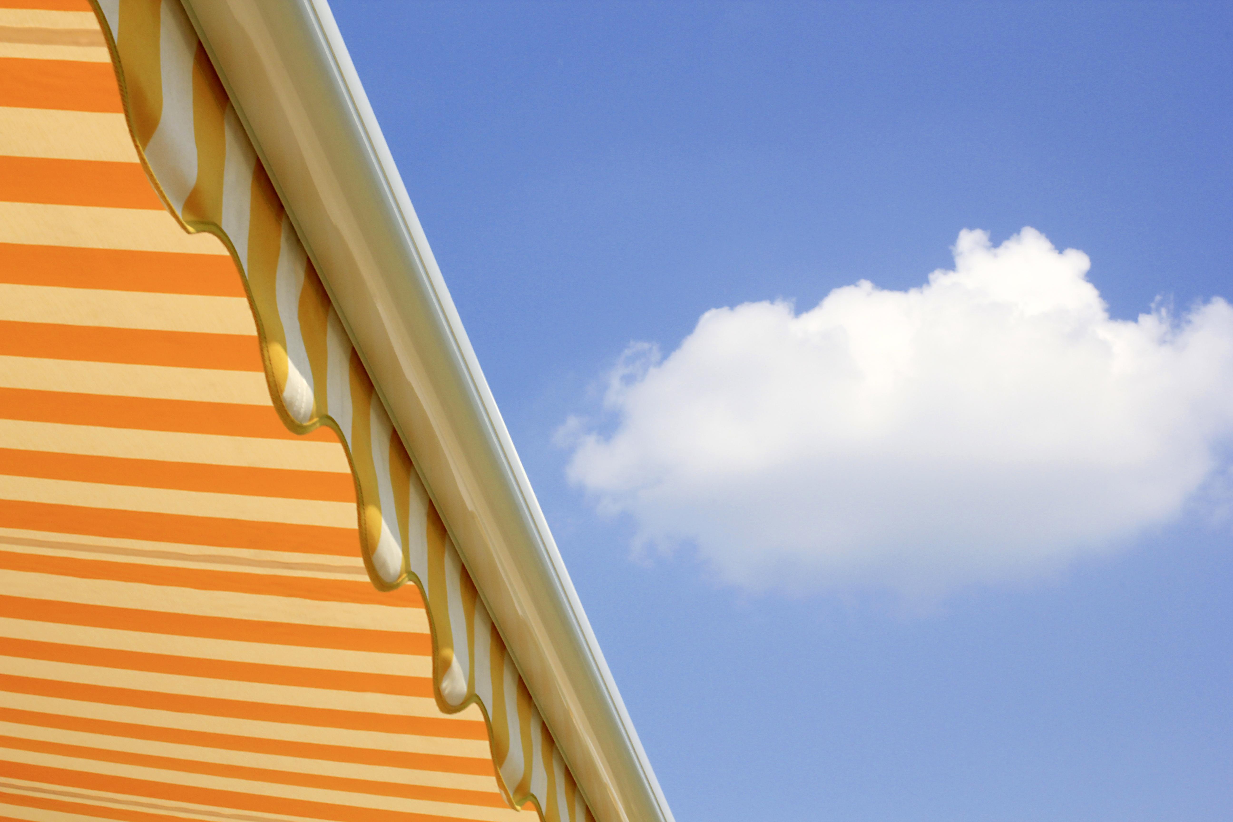 Cosa bisogna sapere prima di installare delle tende da sole in condominio
