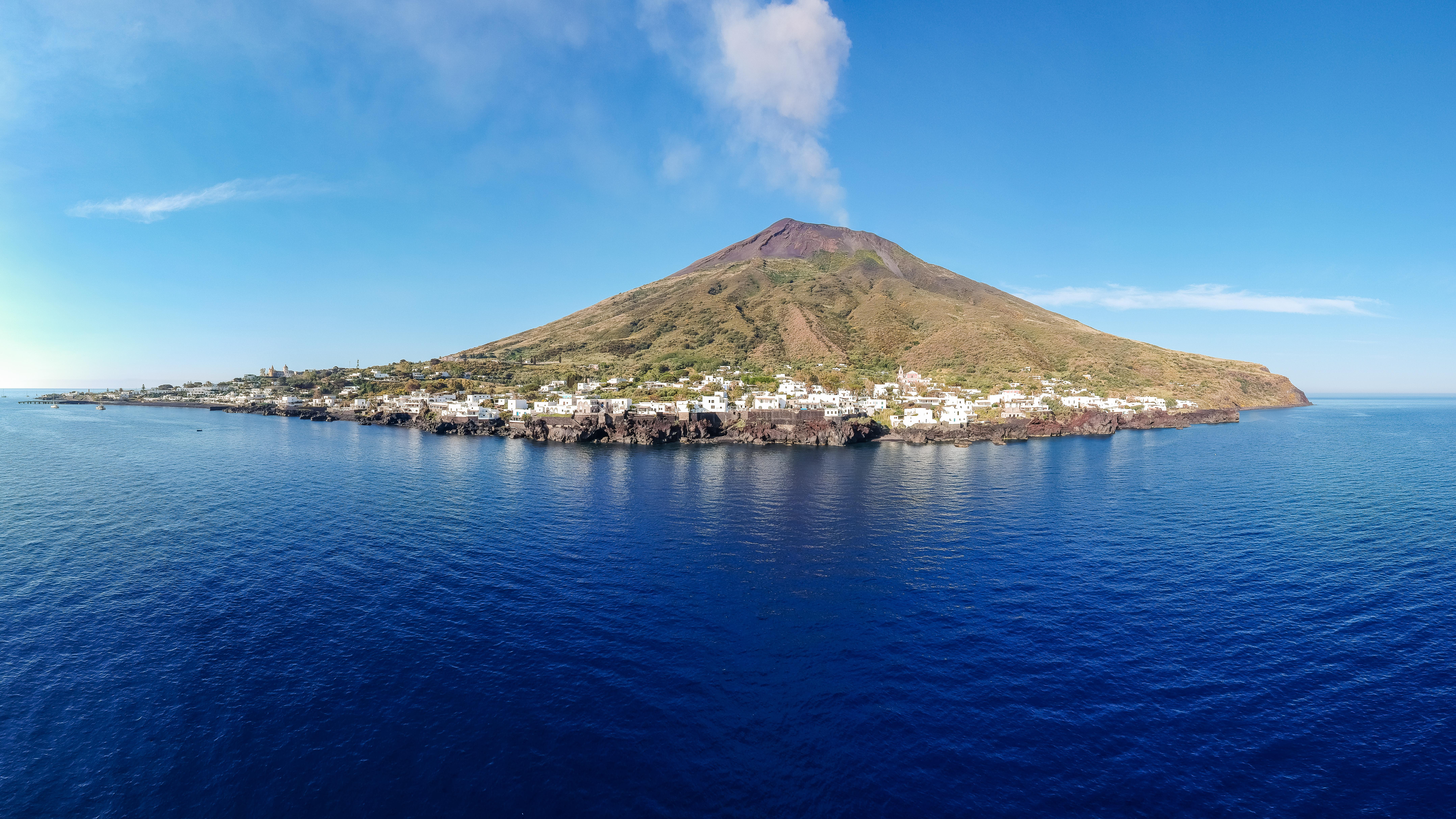 Il vulcano di Strombli