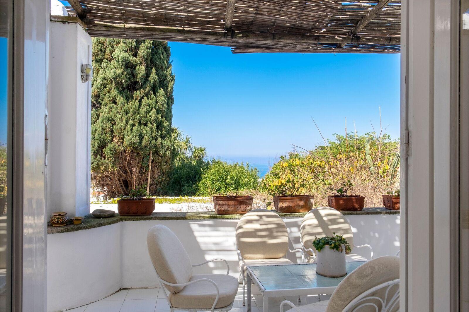 La casa di Mme Colette a Capri, terrazzo / Italy Sothebys International Realty