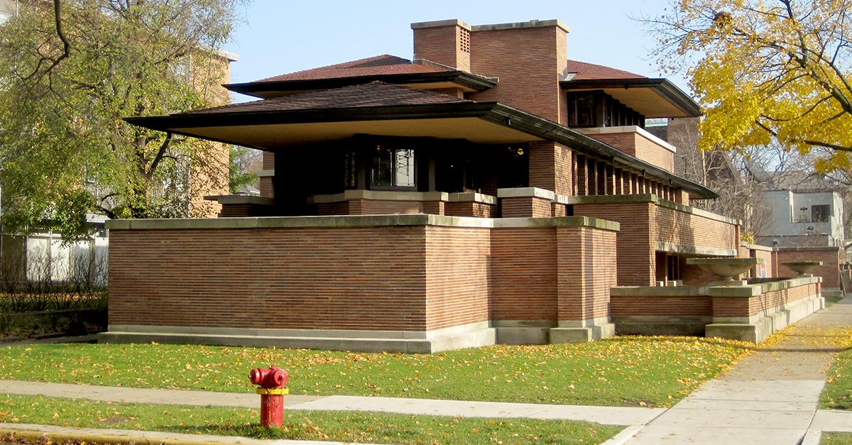 Frederick C. Robie House, Chicago (1910) / Wikipedia