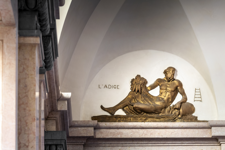 Palazzo Poste a Verona diventa residenziale / ACS
