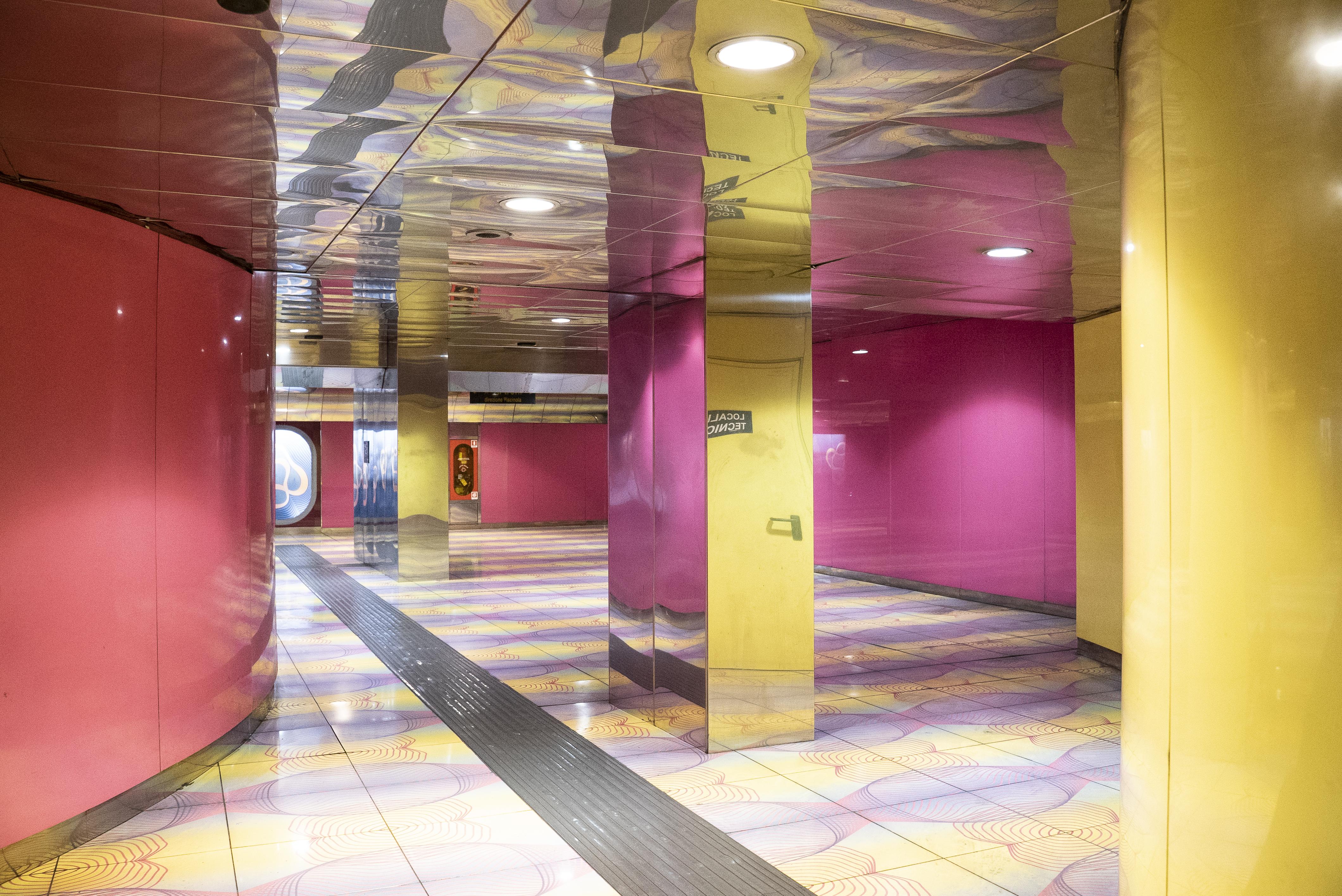 Stazione Università a Napoli