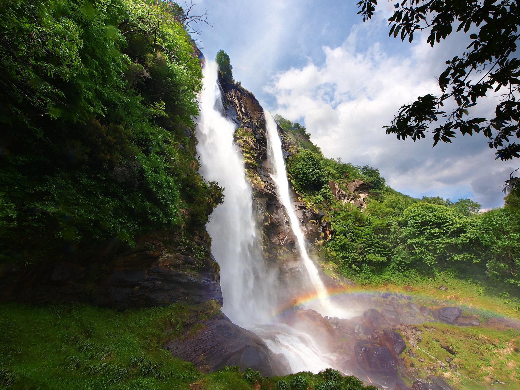 La cascata Aquafraggia, in Lombardia