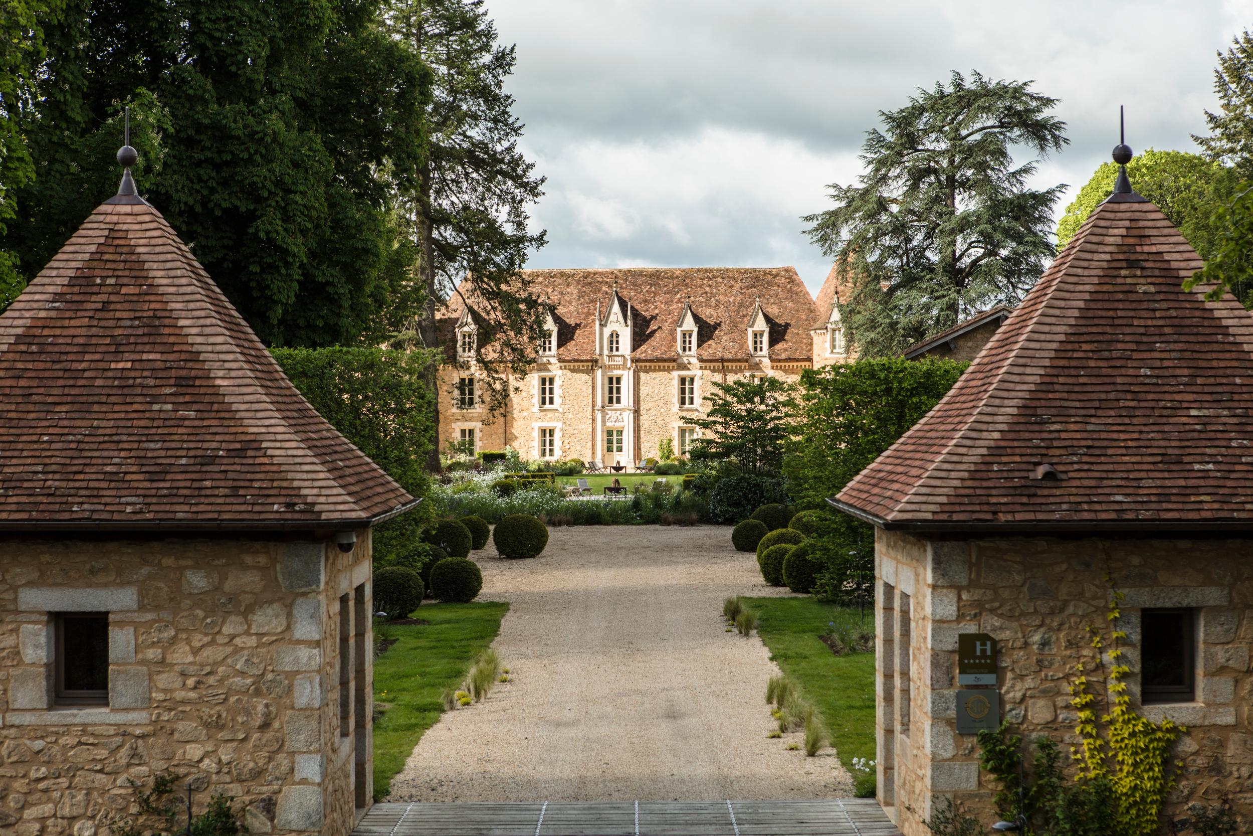 Una proprietà di oltre 1000 ettari / Le Domaine des Etangs