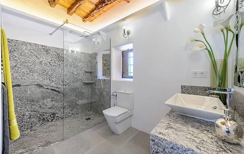 Il bagno della villa