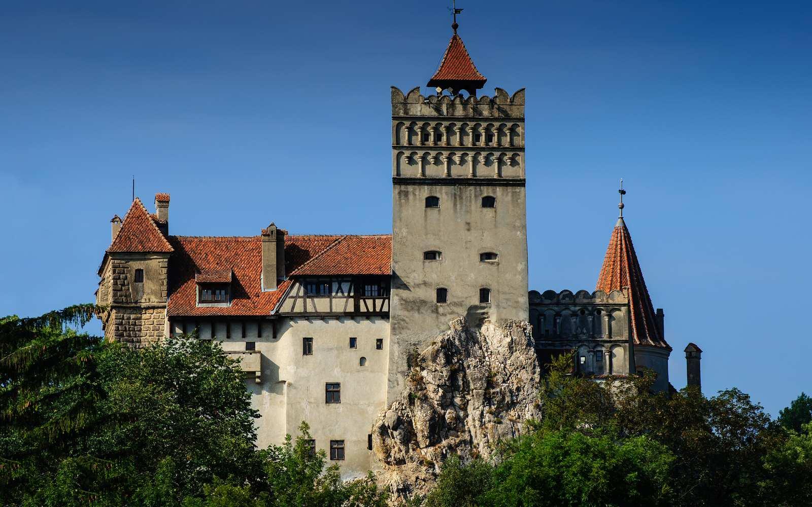 http://www.bran-castle.com