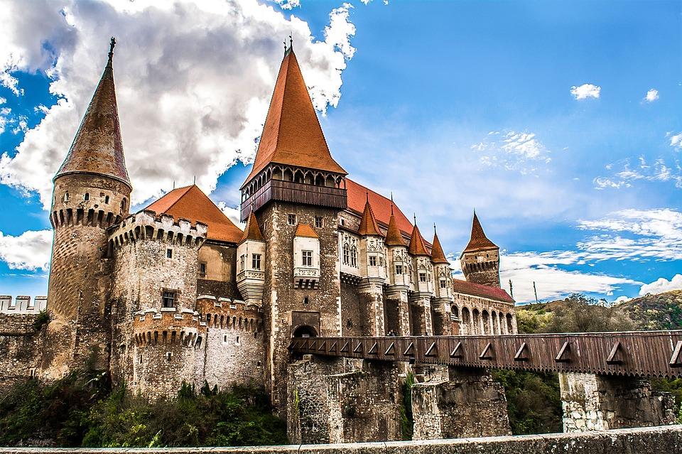 Castello dei Corvino (Romania) Pixabay