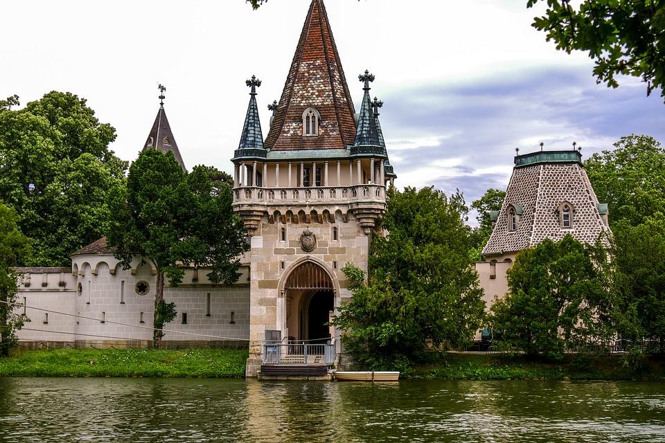 In questo castello l'imperatrice Sissi trascorse la sua luna di miele