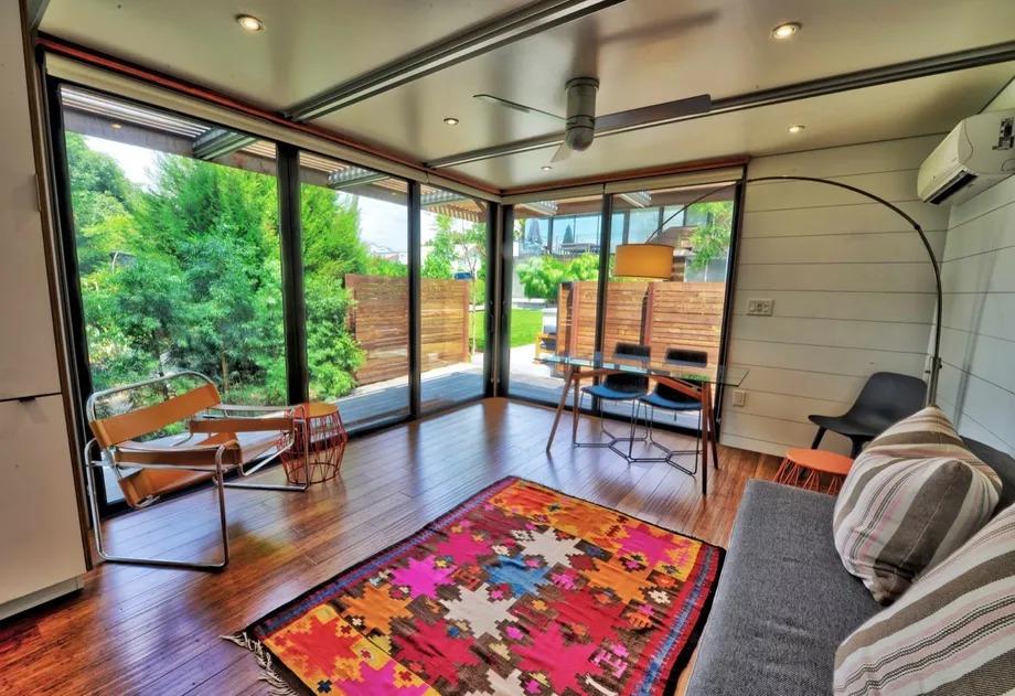 Una camera da letto e un salone per 110.000 euro