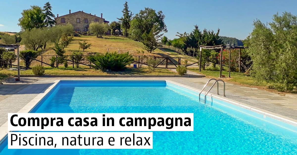 Case rustiche con piscina in vendita