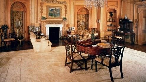 La villa è nota come Warner Estate