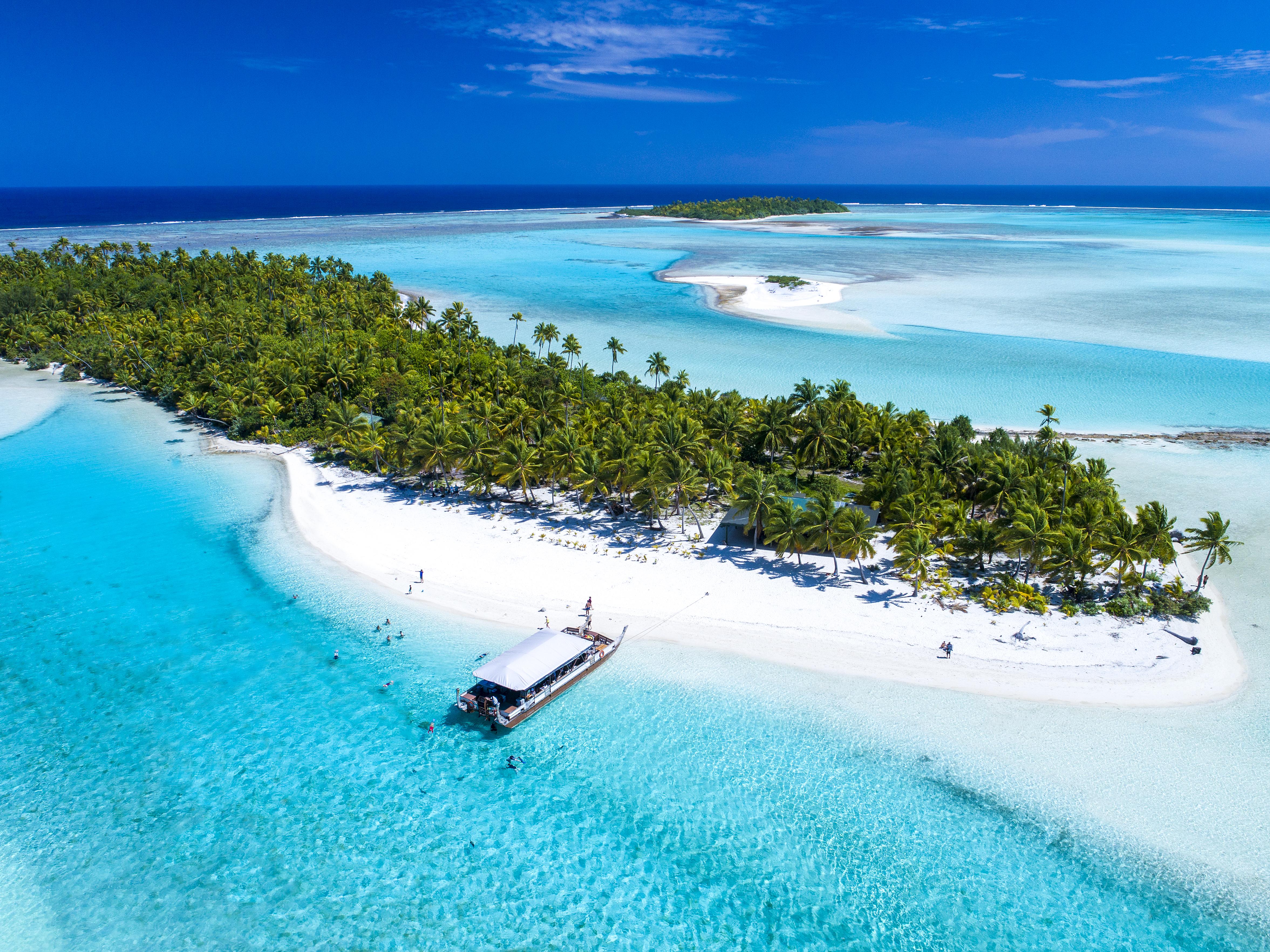 """Il primo ministro le ha dichiarate  """"zona libera dal covid -19"""" / Cook Island Travel"""