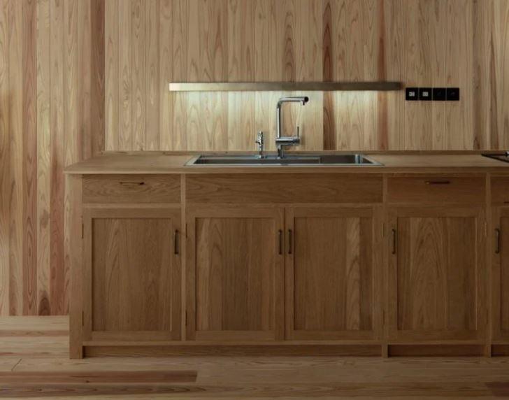 Il legno è l'elemento principale della casa