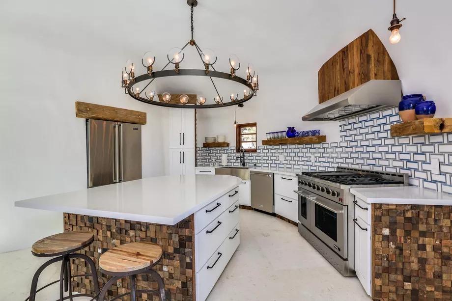 Cucina circolare / Kelly Peak/Peak Photography