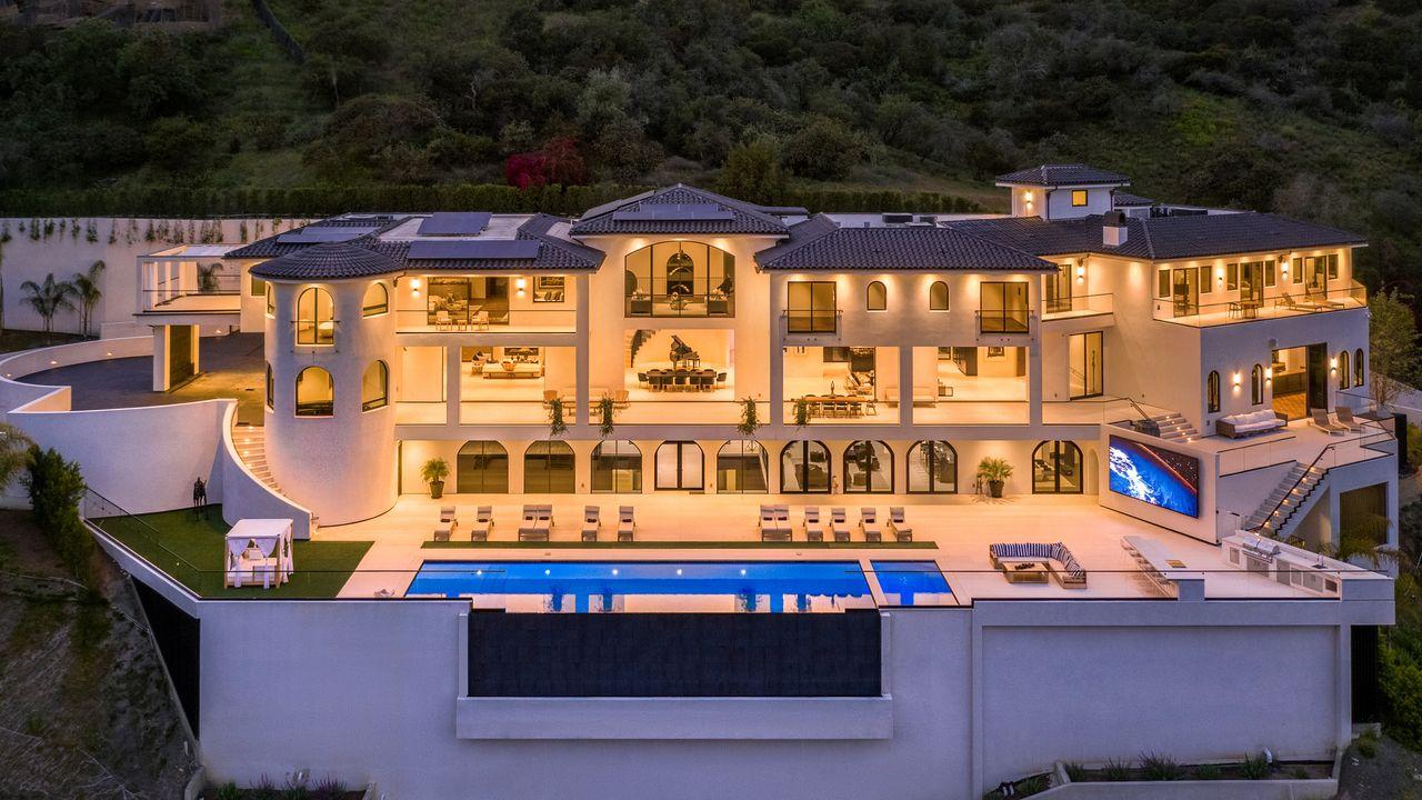 Mega villa a Bel Air