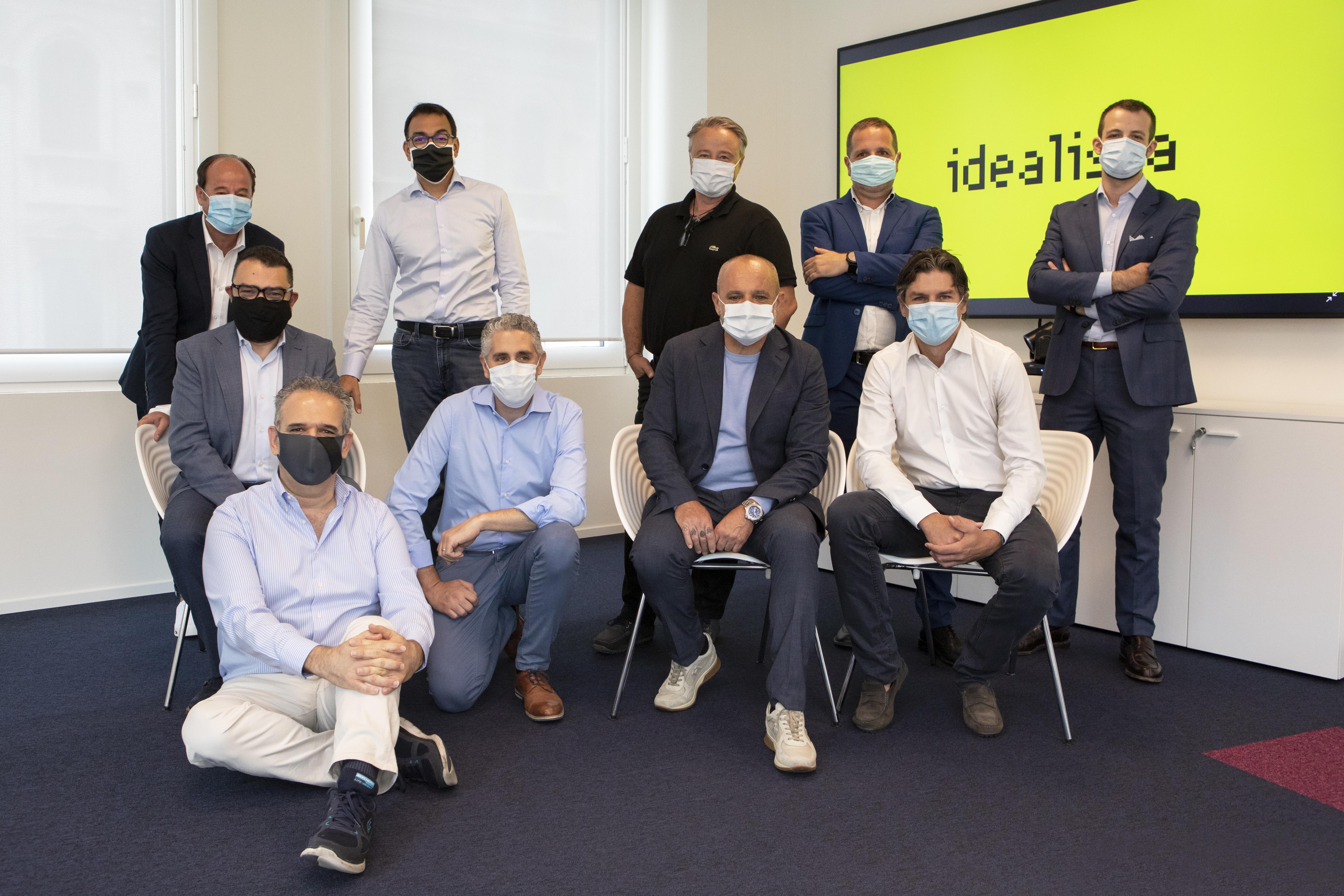 I team di idealista, Miogest e Gestim dopo la firma delle operazioni di acquisto