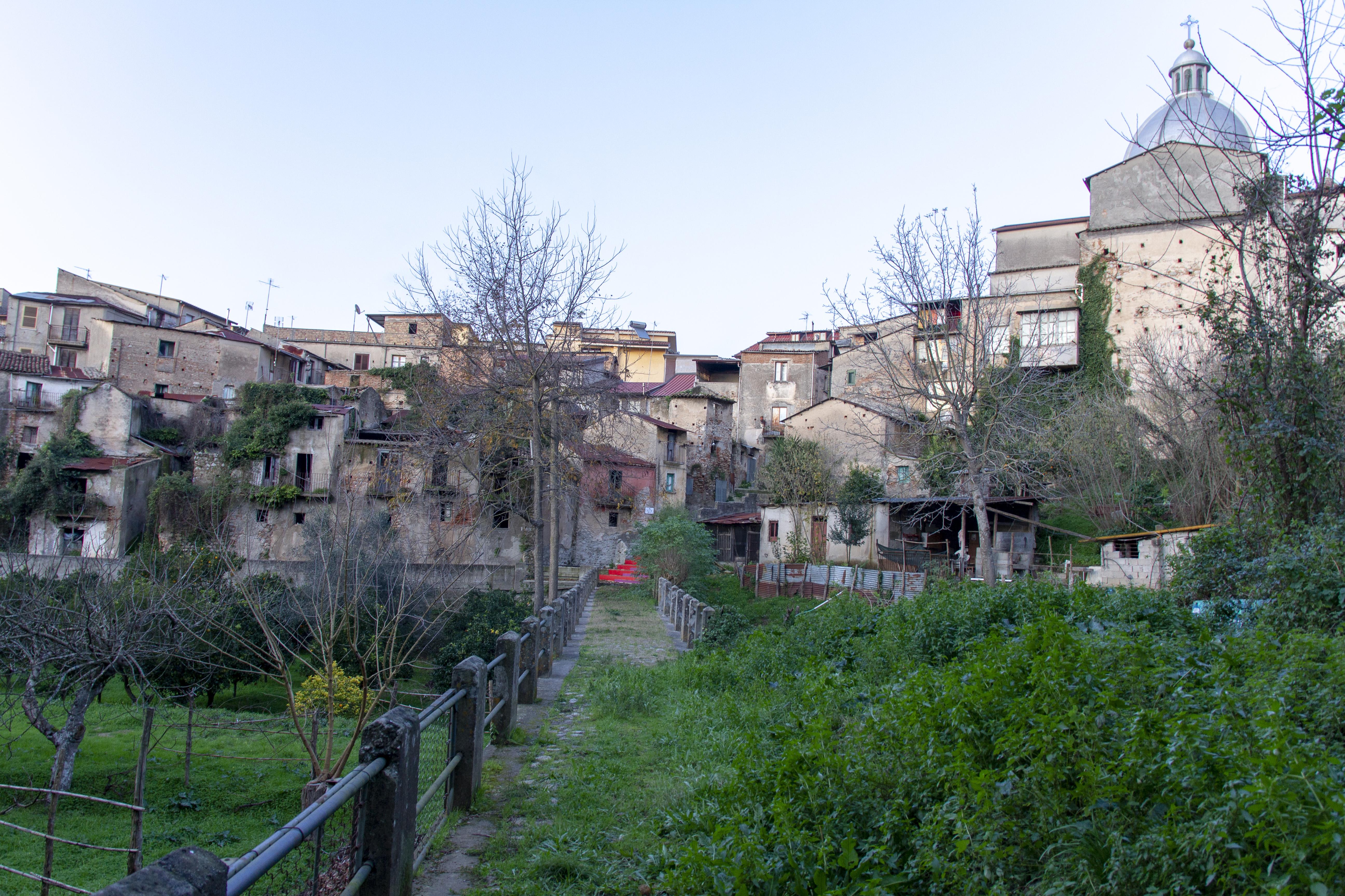 Comune di Cinquefrondi - Antica via di accesso al paese / Fotografie di Tullio Pronestì