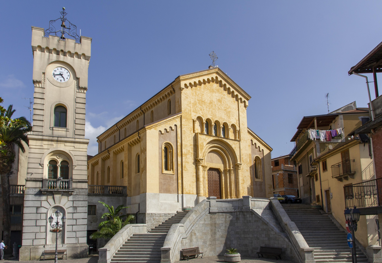 Comune di Cinquefrondi - Chiesa Matrice / Fotografie di Tullio Pronestì