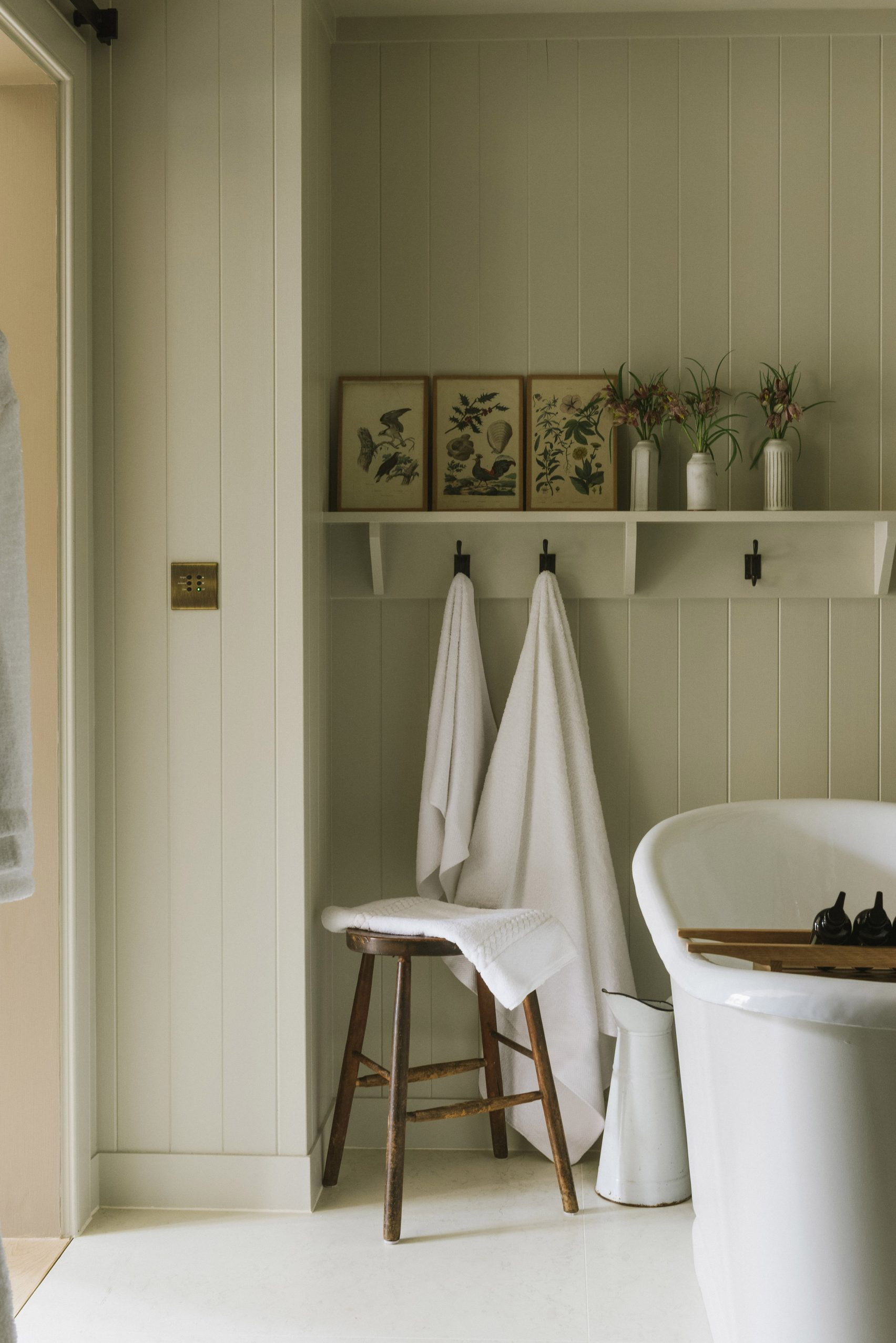 Bagno con vasca da bagno / Peter Cook