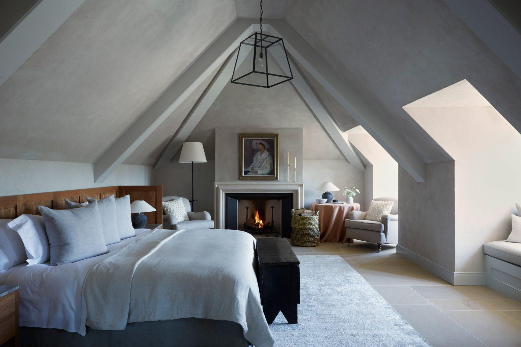44 camere da letto per questo hotel boutique / Peter Cook