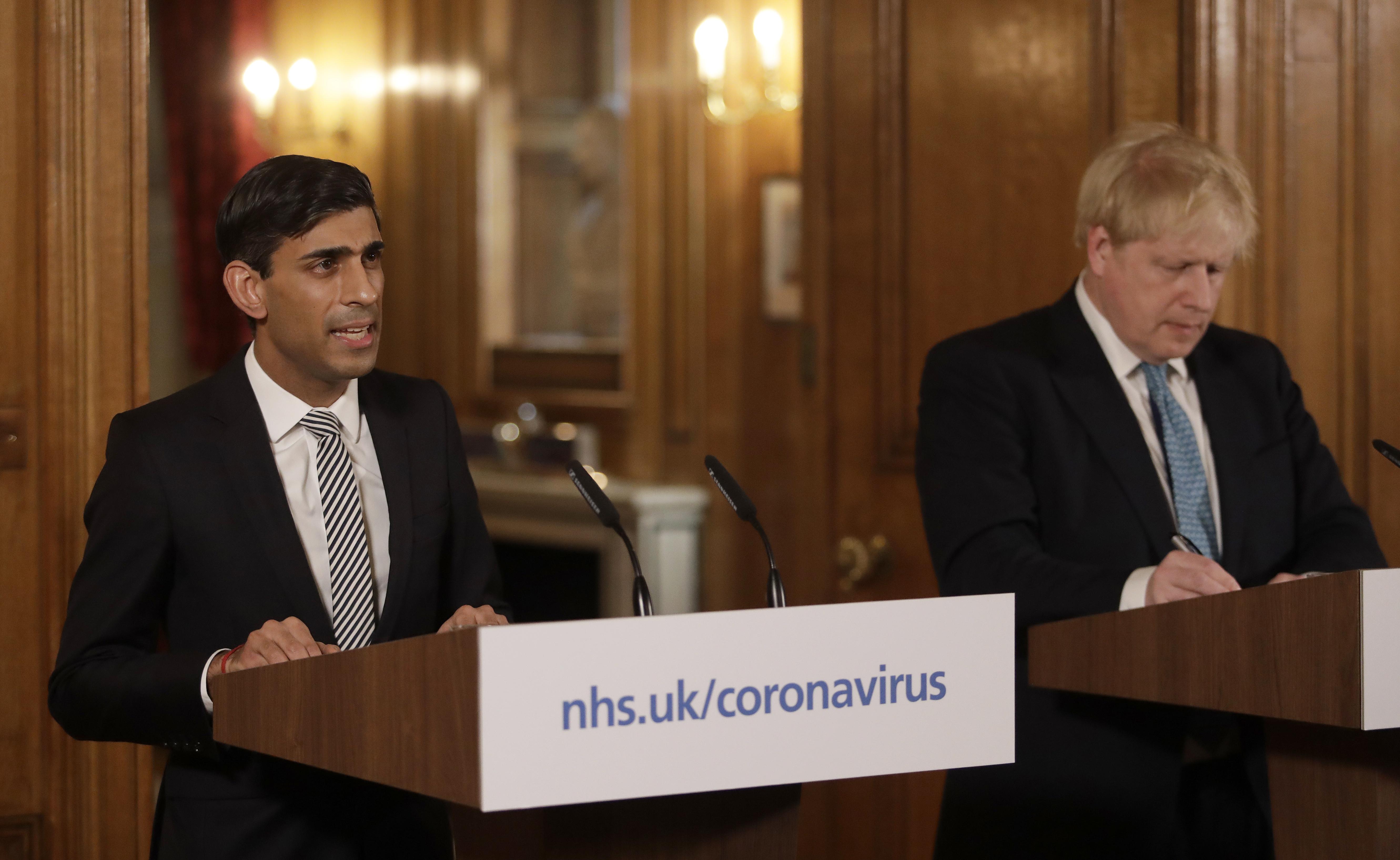 Il Cancelliere dello Scacchiere Rishi Sunak e il Primo Ministro britannico Boris Johnson / Gtres