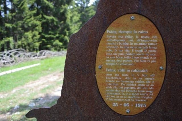 Dettaglio di una delle 58 sagome in acciaio ad altezza naturale / Amministrazione comunale vo Lusern
