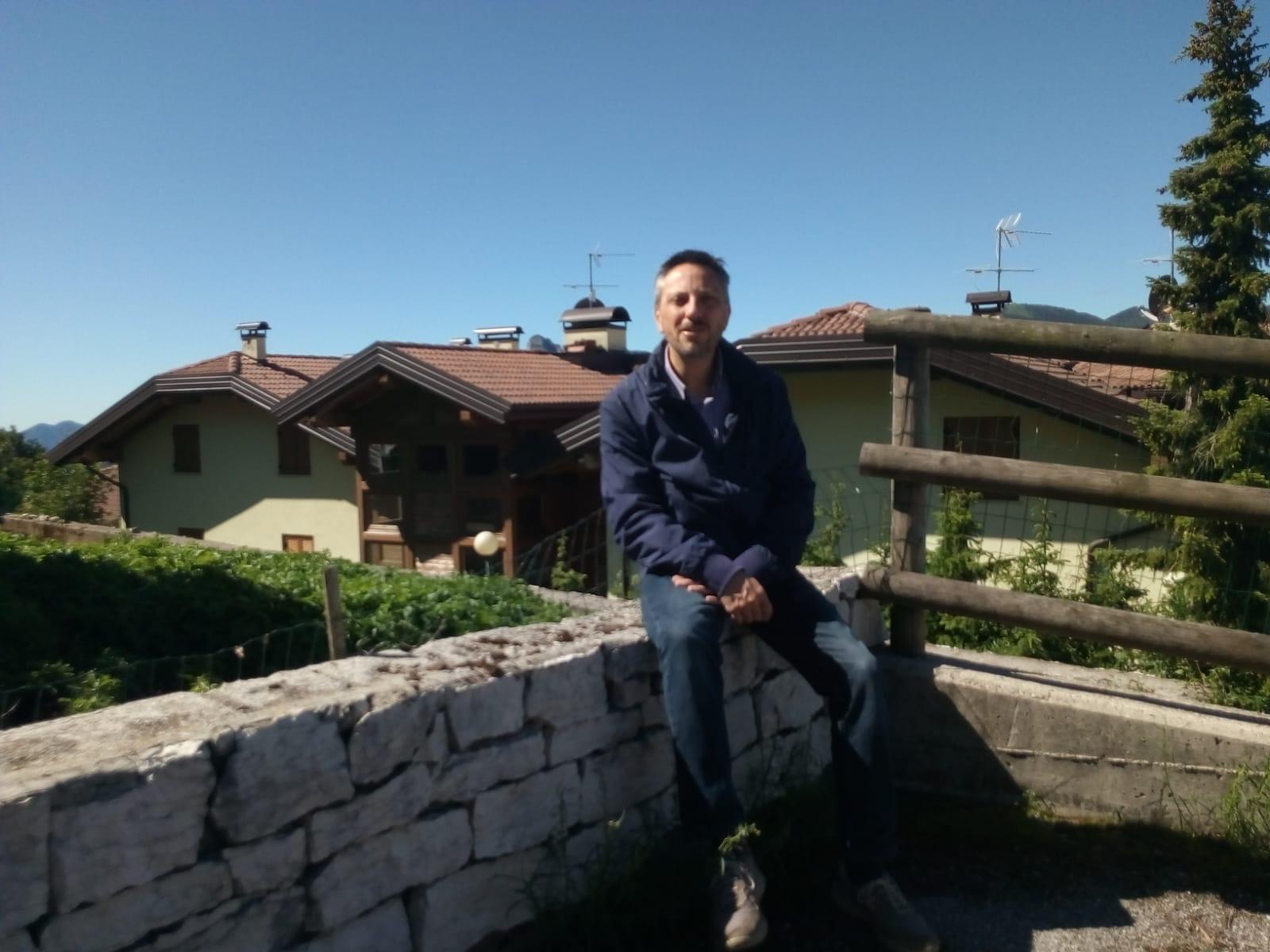 Il sindaco di Luserna, Luca Nicolussi Paolaz / Amministrazione comunale vo Lusern