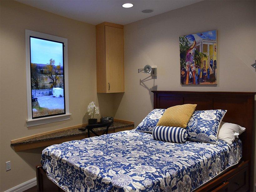 La camera da letto / Survival Condo