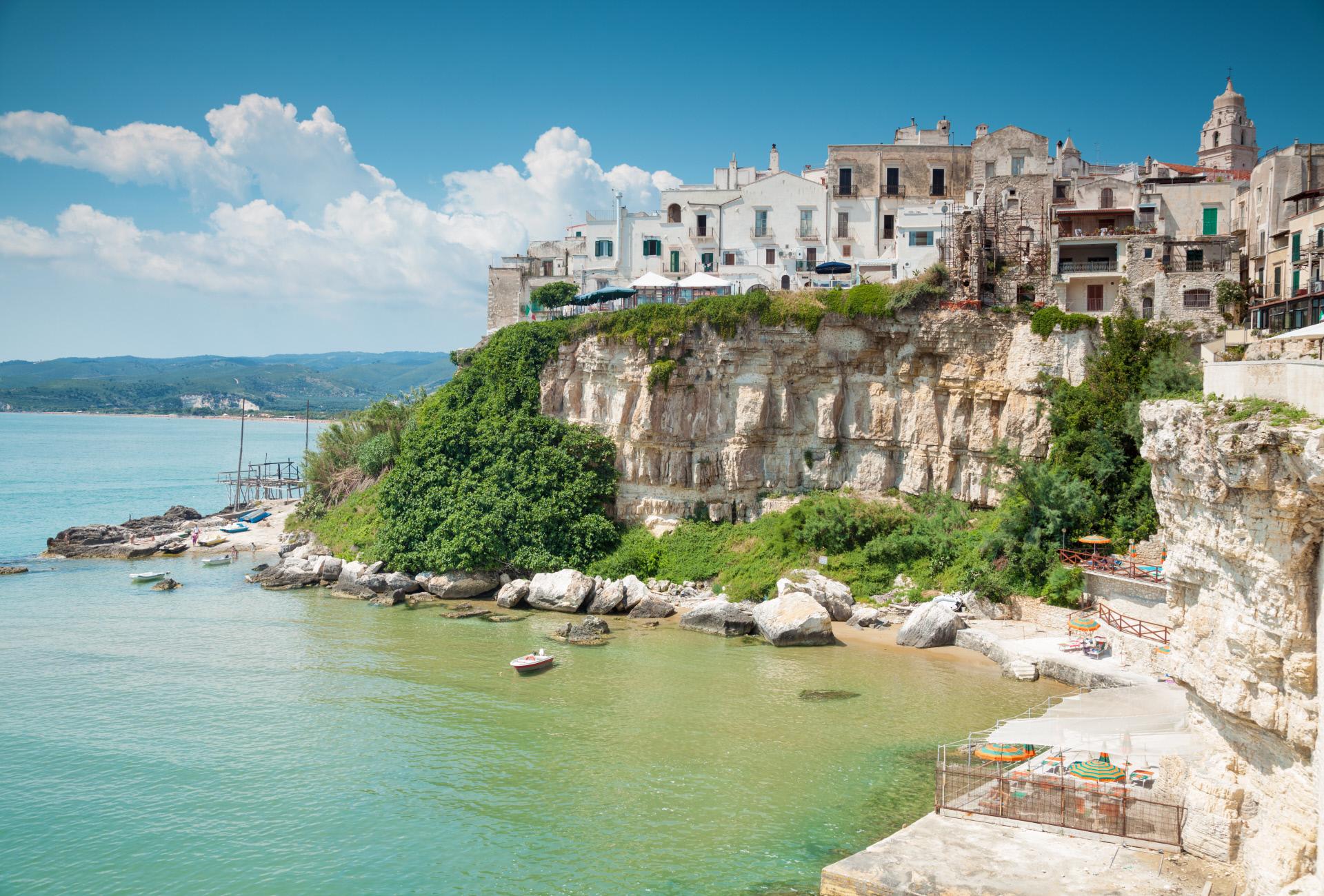 La città vecchia di Vieste, Puglia / Gtres