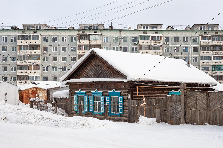 Complesso residenziale a Yakustk / Alexander Veryovkin/Zupagrafika