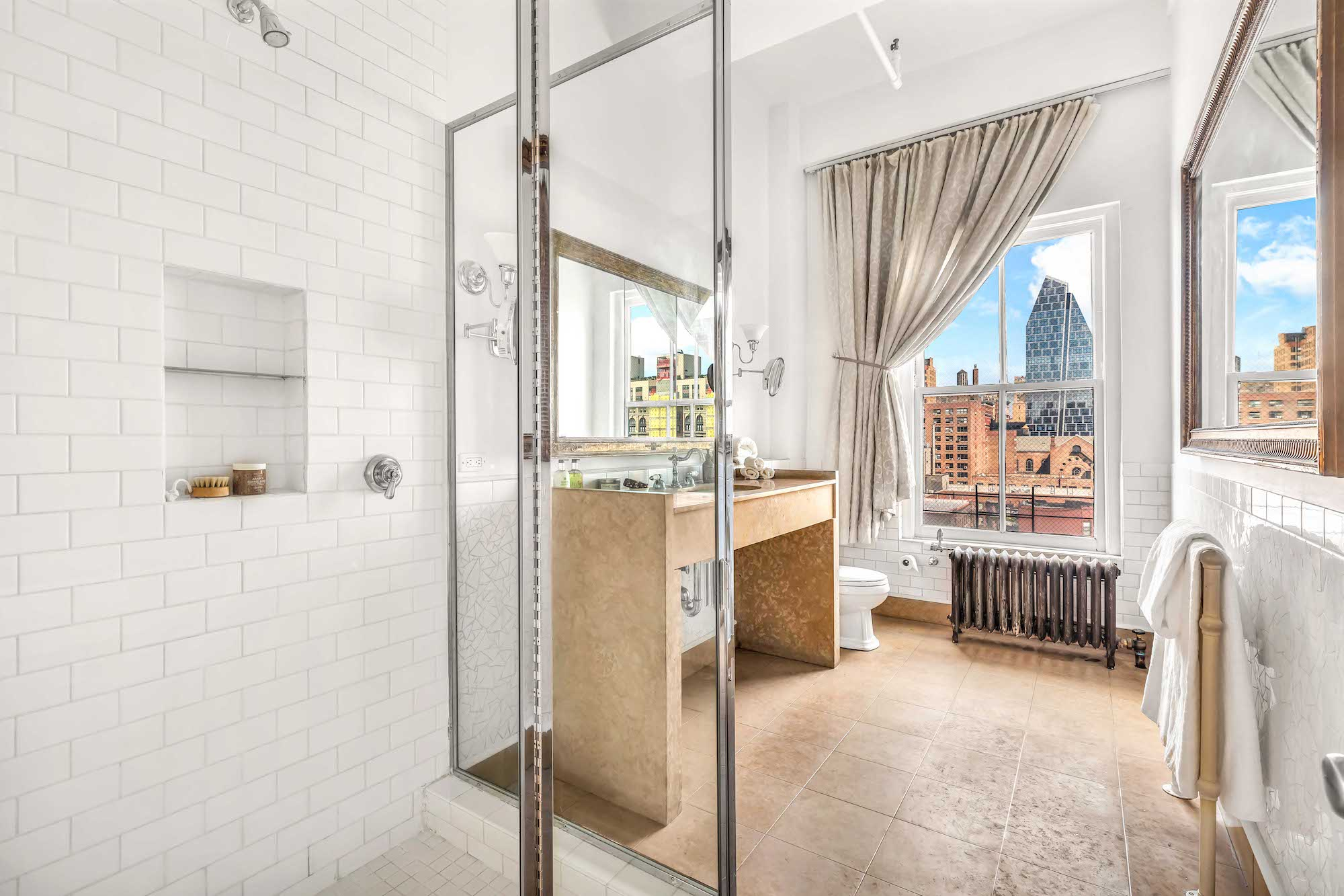 Il bagno / Eitan Gamliely for Sotheby's International Realty