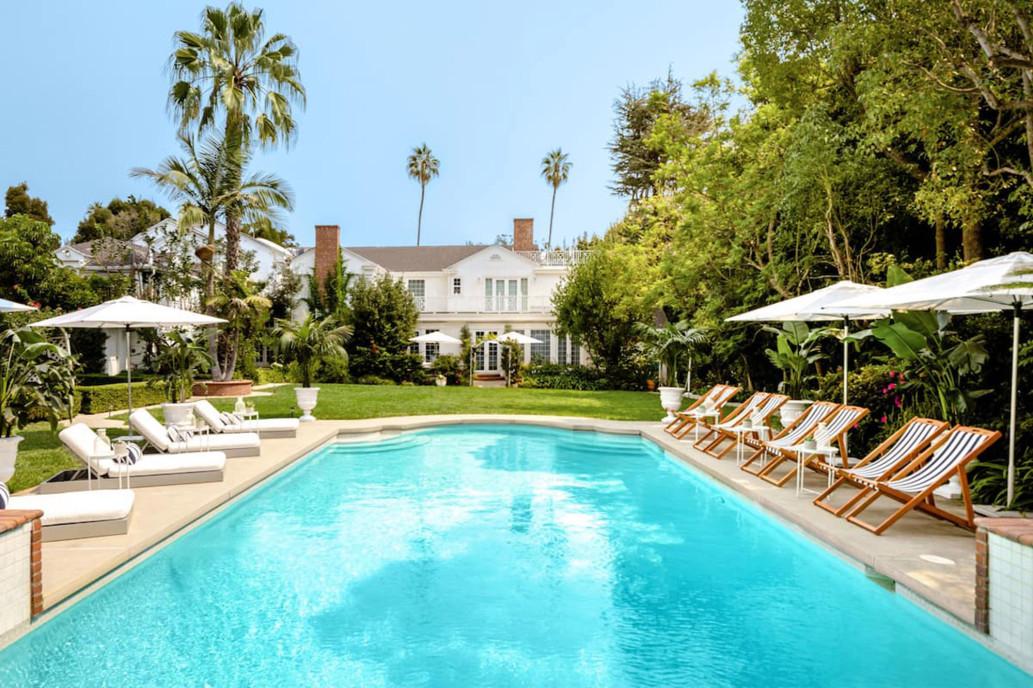 La piscina / Airbnb