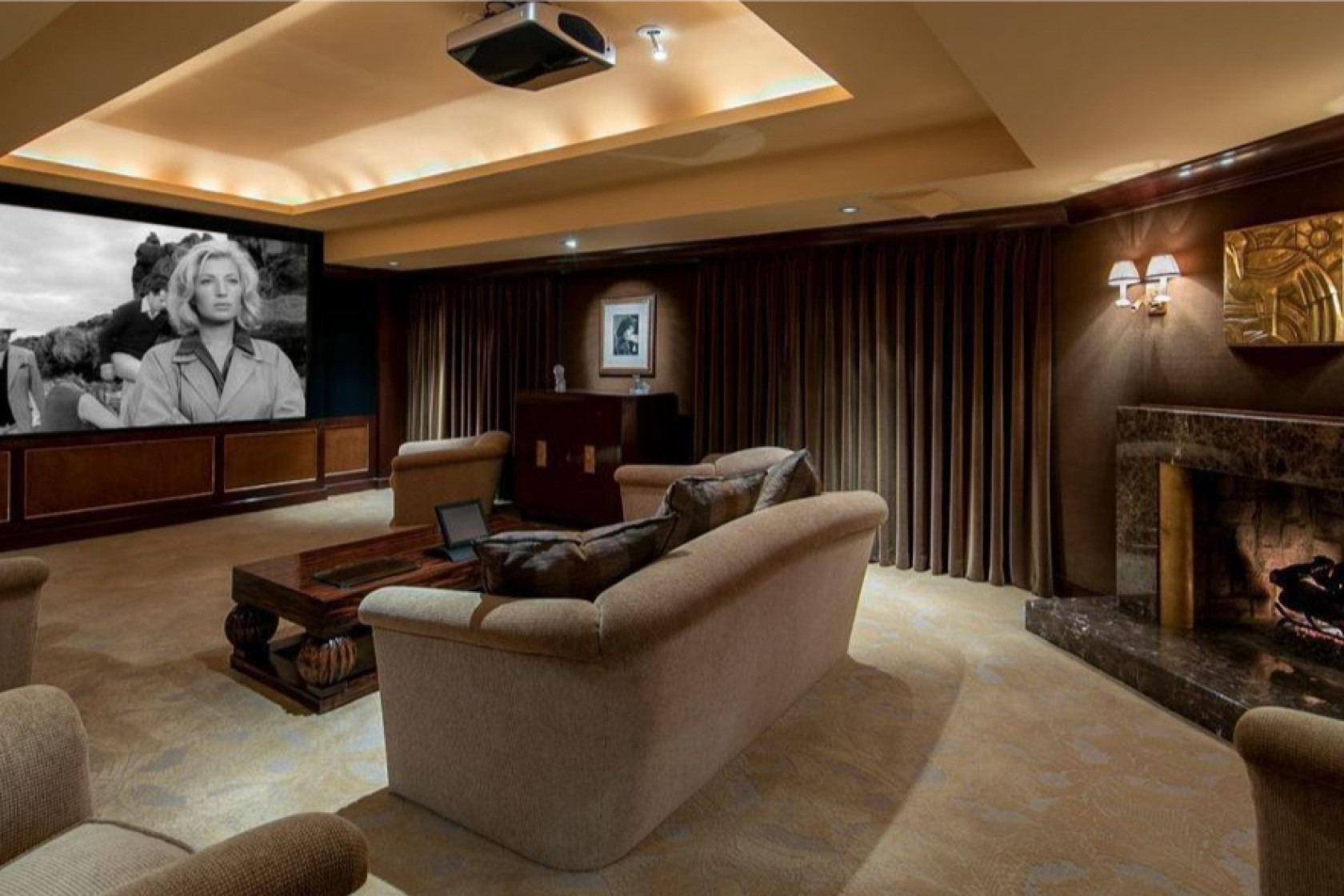 Cinema a casa / Realtor.com