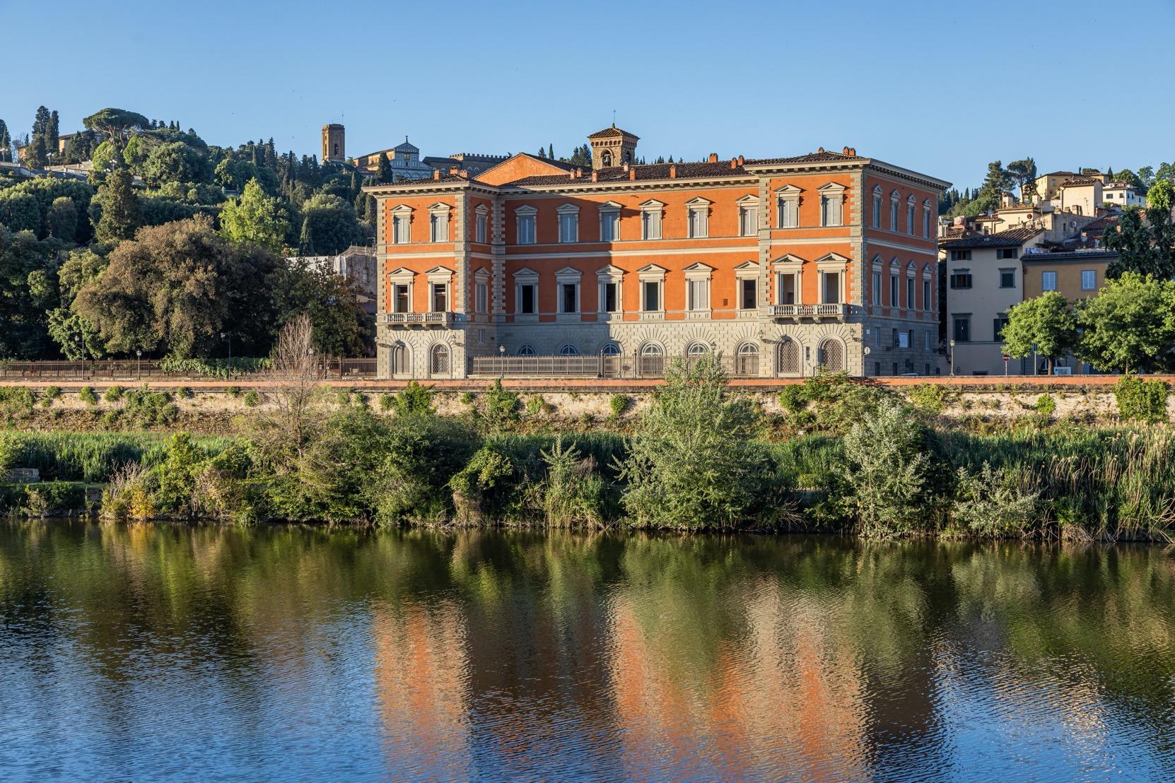 Palazzo Serristori Firenze / Lionard Luxury Real Estate