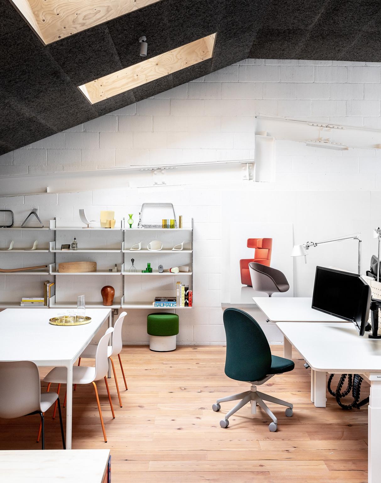 Ora è un moderno spazio di lavoro