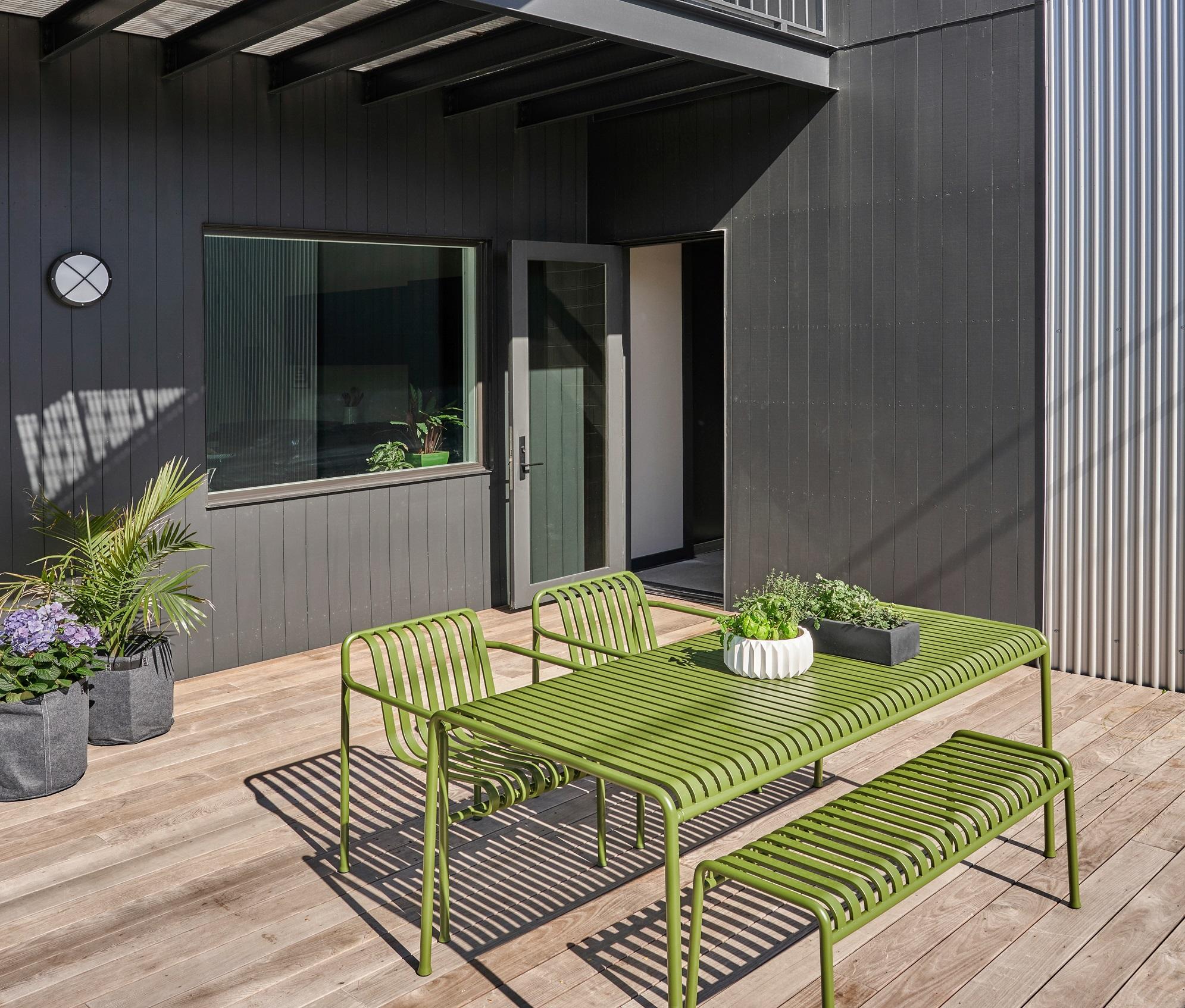 Mobili verdi per l'esterno