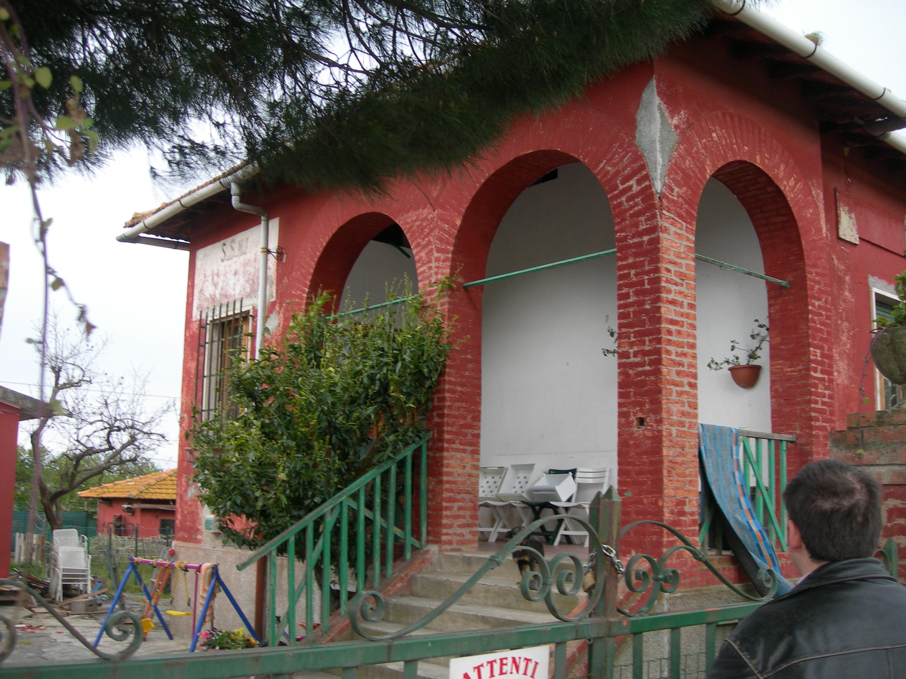 Casa cantoniera Follonica / Anas