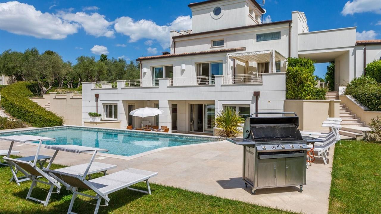 Villa Mandara, a Misano Adriatico (RN) / italianway.house