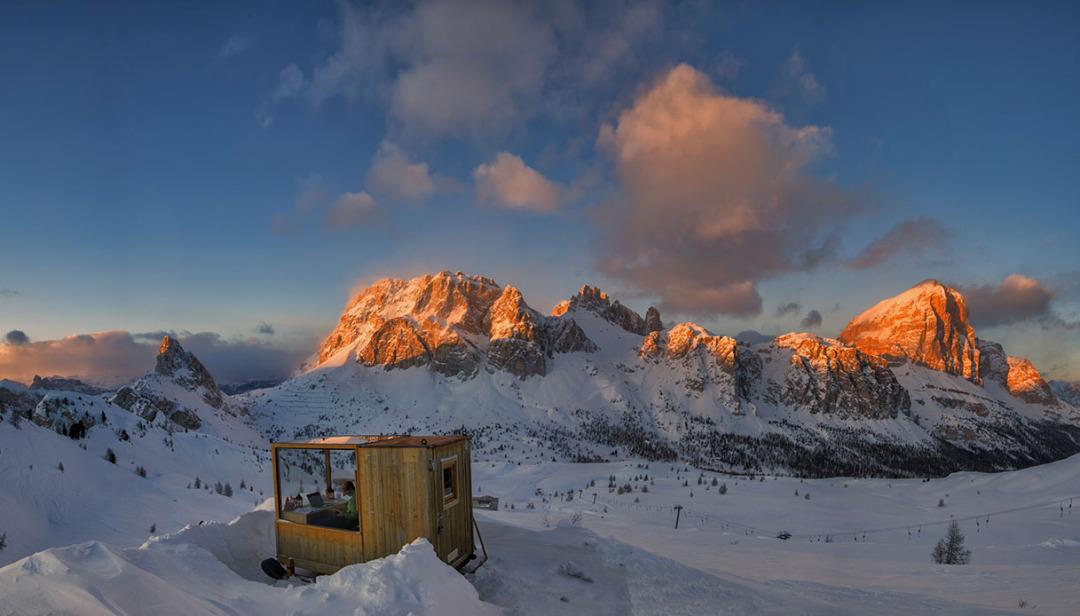 Panoramic Business Room Dolomites