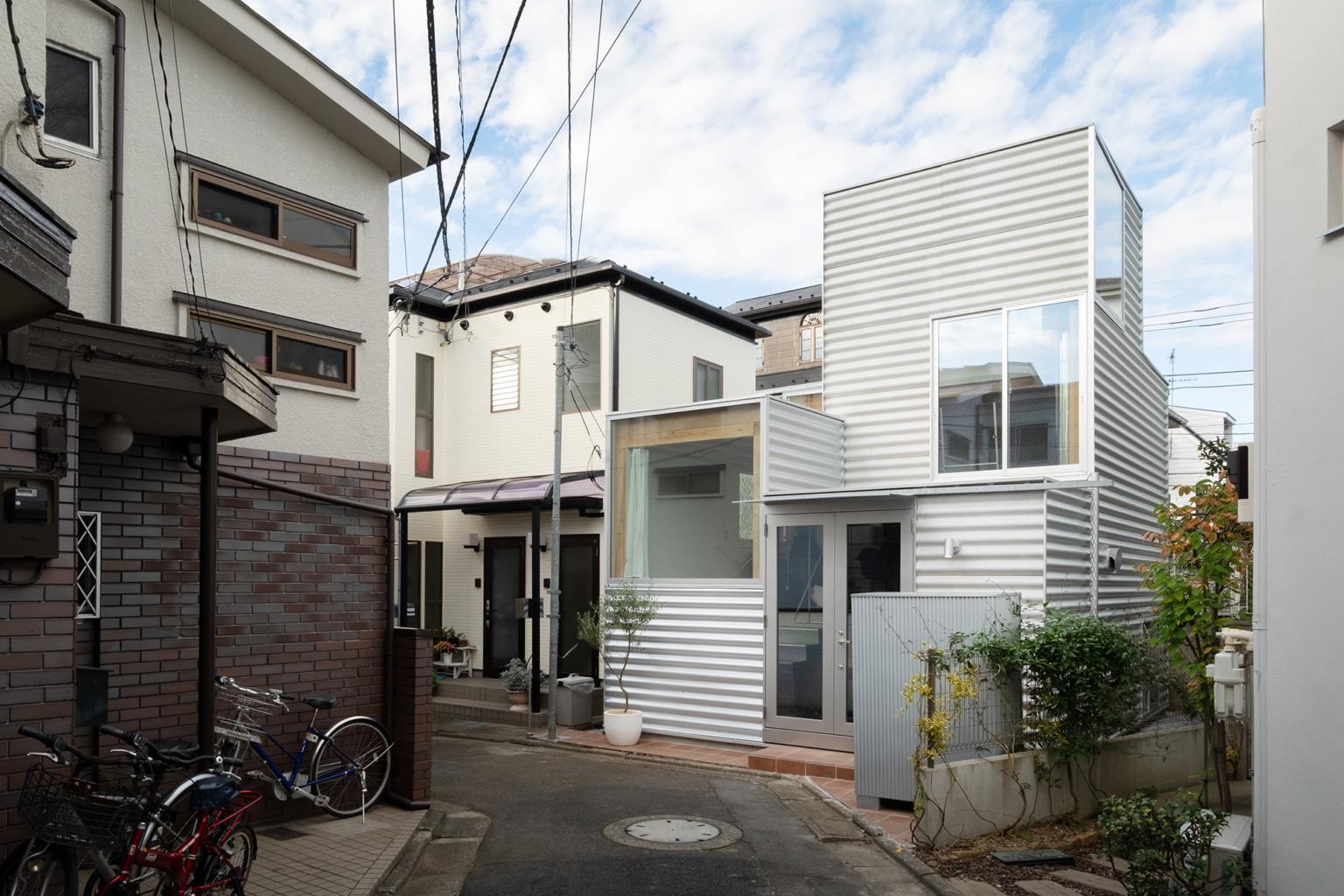 La mini casa sorge su un lotto di 26 m2